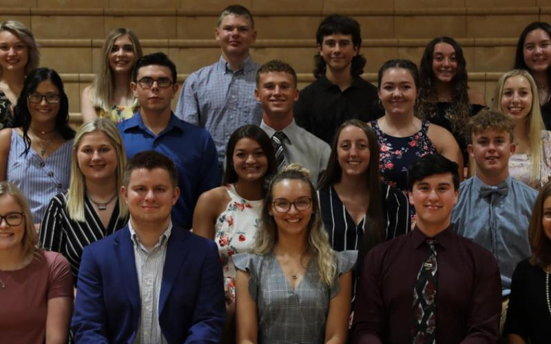Eureka Honors Club Recognized Top Six Students At EHS
